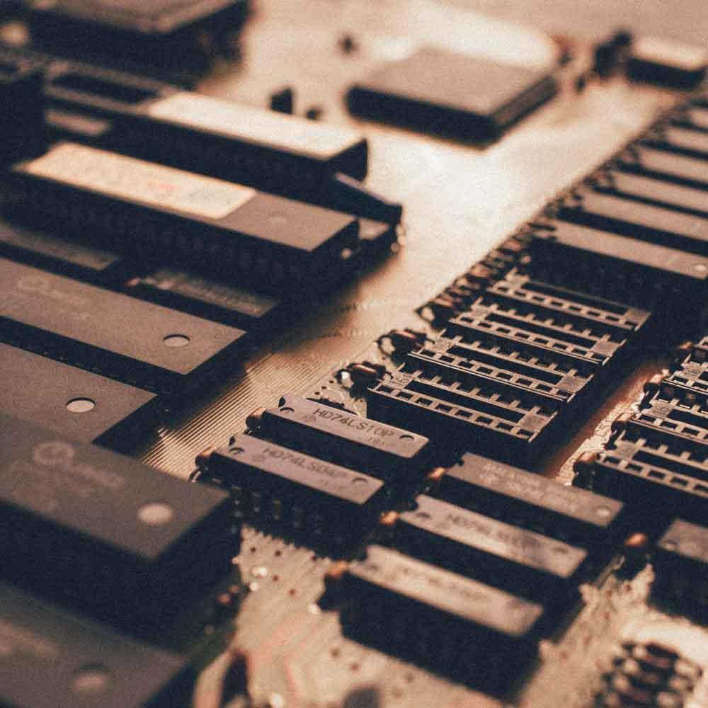 Computer-Hardware-Maintenance-1000x1000-1